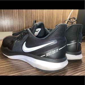 Nike black In Season TR 8 Training Shoes sneaker